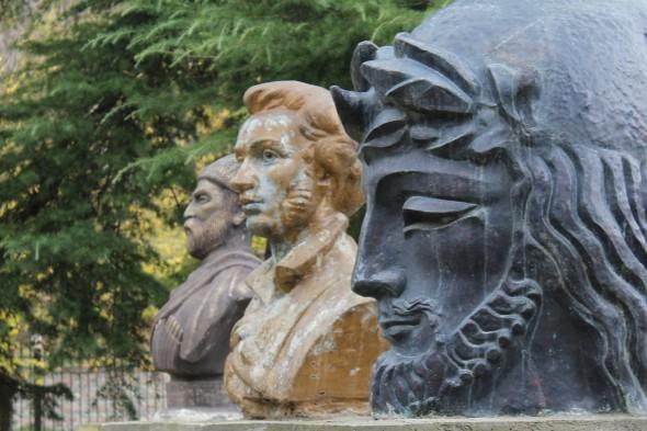 Tamara Mearakishvili. Monuments