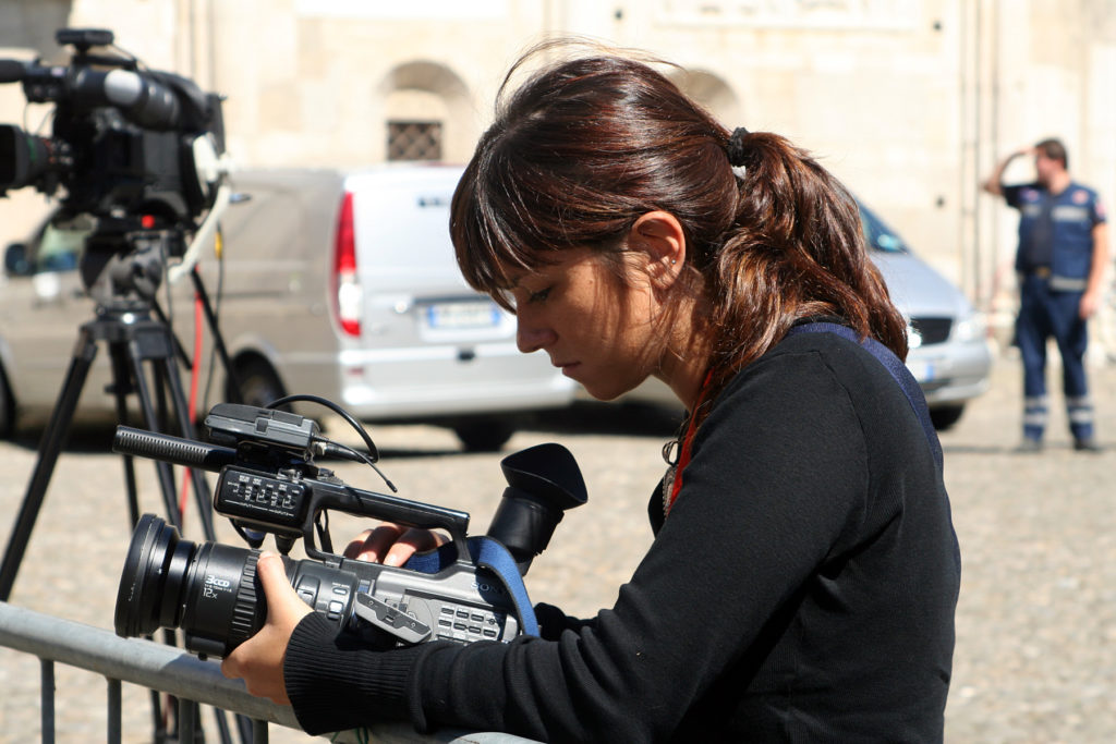 Предлагаются гранты на поддержку журналисток, оказавшихся в чрезвычайной ситуации