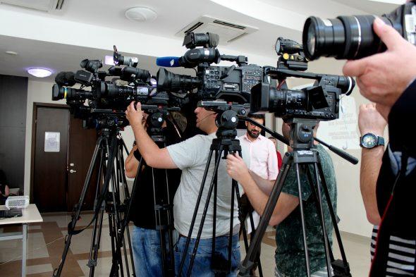 Война и мир, СМИ и активизм: где точки соприкосновения?