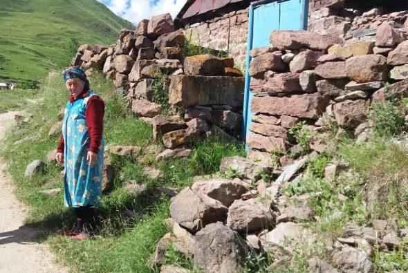 Осетинские женщины – последние жительницы ущелья Трусо